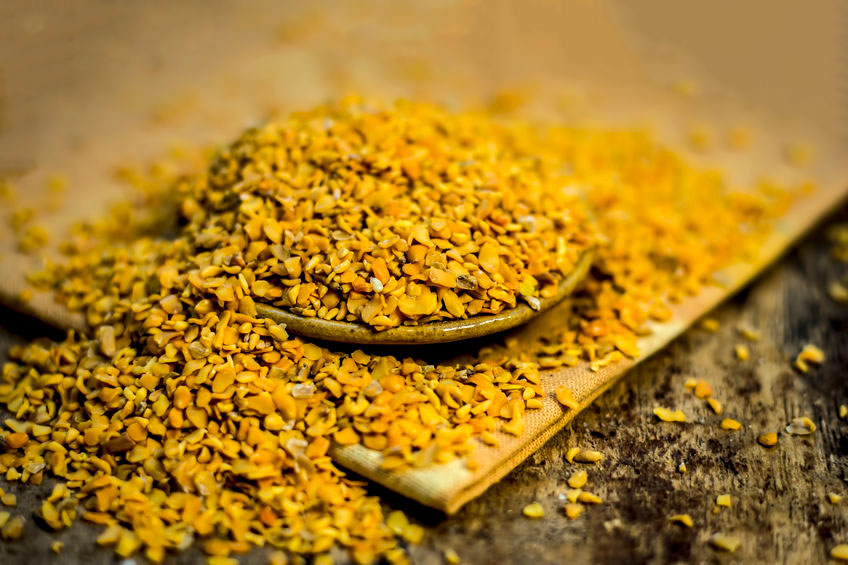 a picture of crushed fenugreek seed